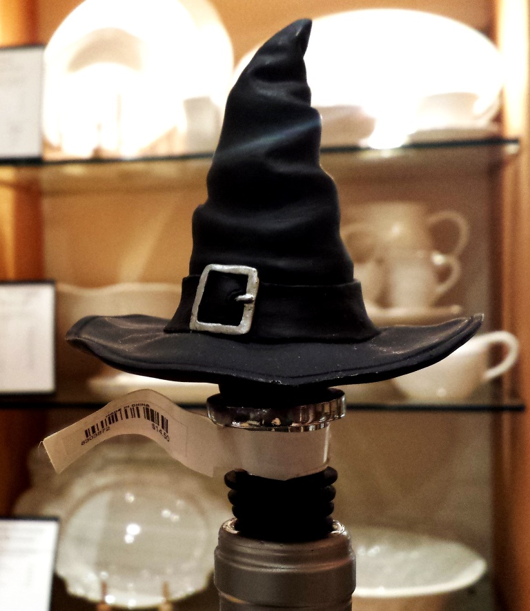 Witch hat bottle stopper